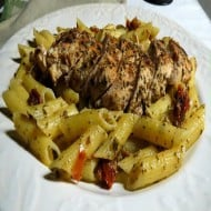 Chicken, Pesto and Sun-Dried Tomato Pasta
